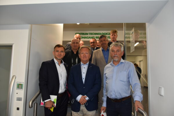 Wizyta przedstawicieli Stowarzyszenia Lions Club Poznań Rotunda w Centrum Technologicznie Wspomaganej Rehabilitacji