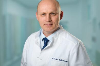Dr hab. n . med. Łukasz Kubaszewski, prof. UM