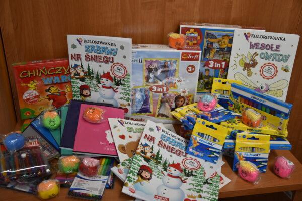 """Z okazji """"Dnia Pluszowego Misia"""" Fundacja Mam Marzenie przekazała prezenty dla pacjentów oddziałów dziecięcych naszego Szpitala"""